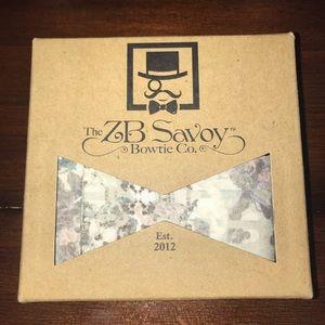 ZB Savoy Gray Victorian Garden Floral Bow Tie